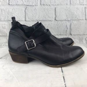 Lucky Brand Amkle Boots